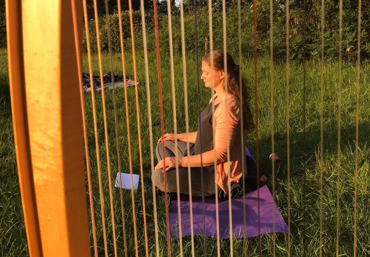 yoga & harp, soulflow