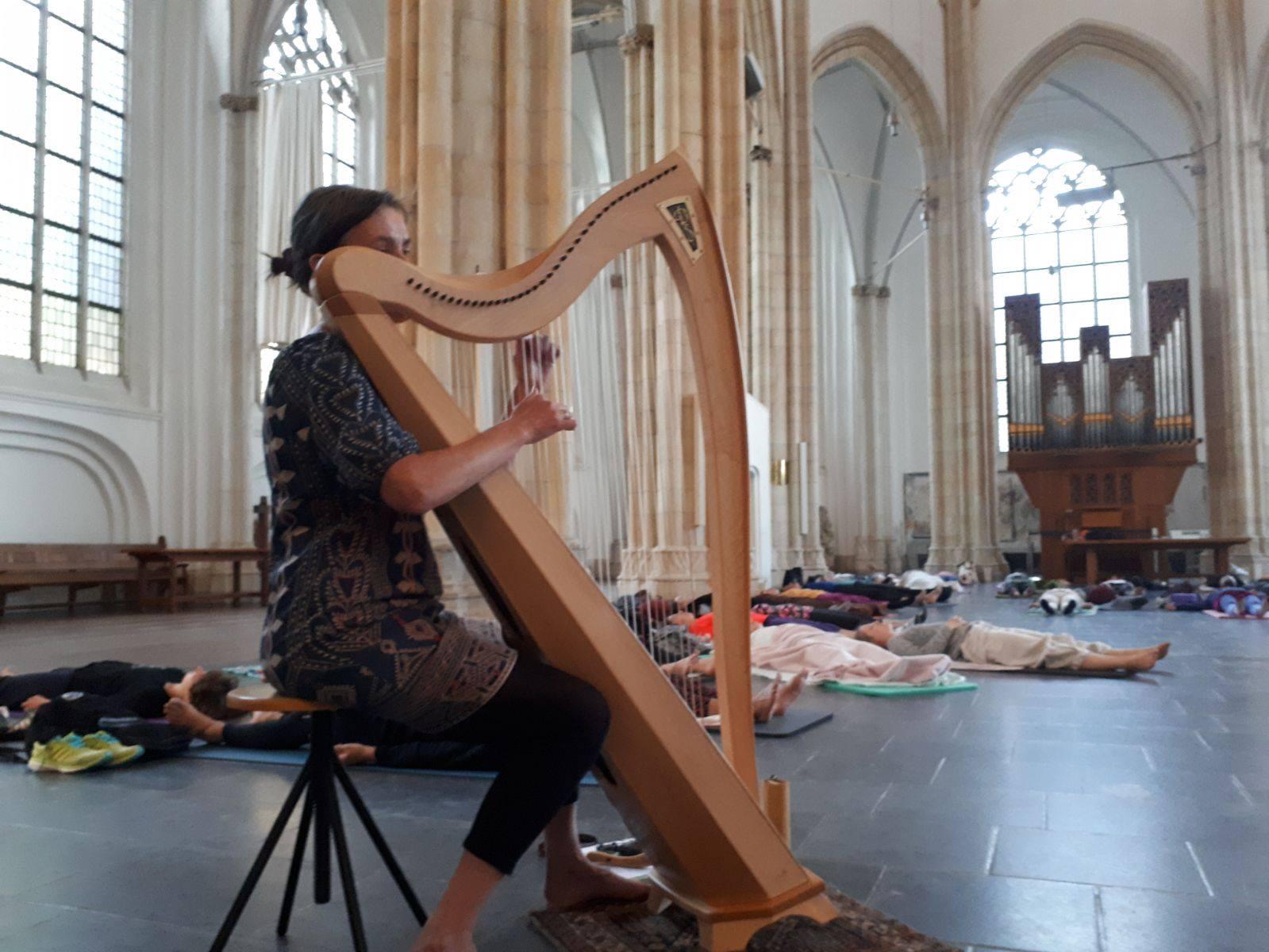 ligconcert, meditatie, harp